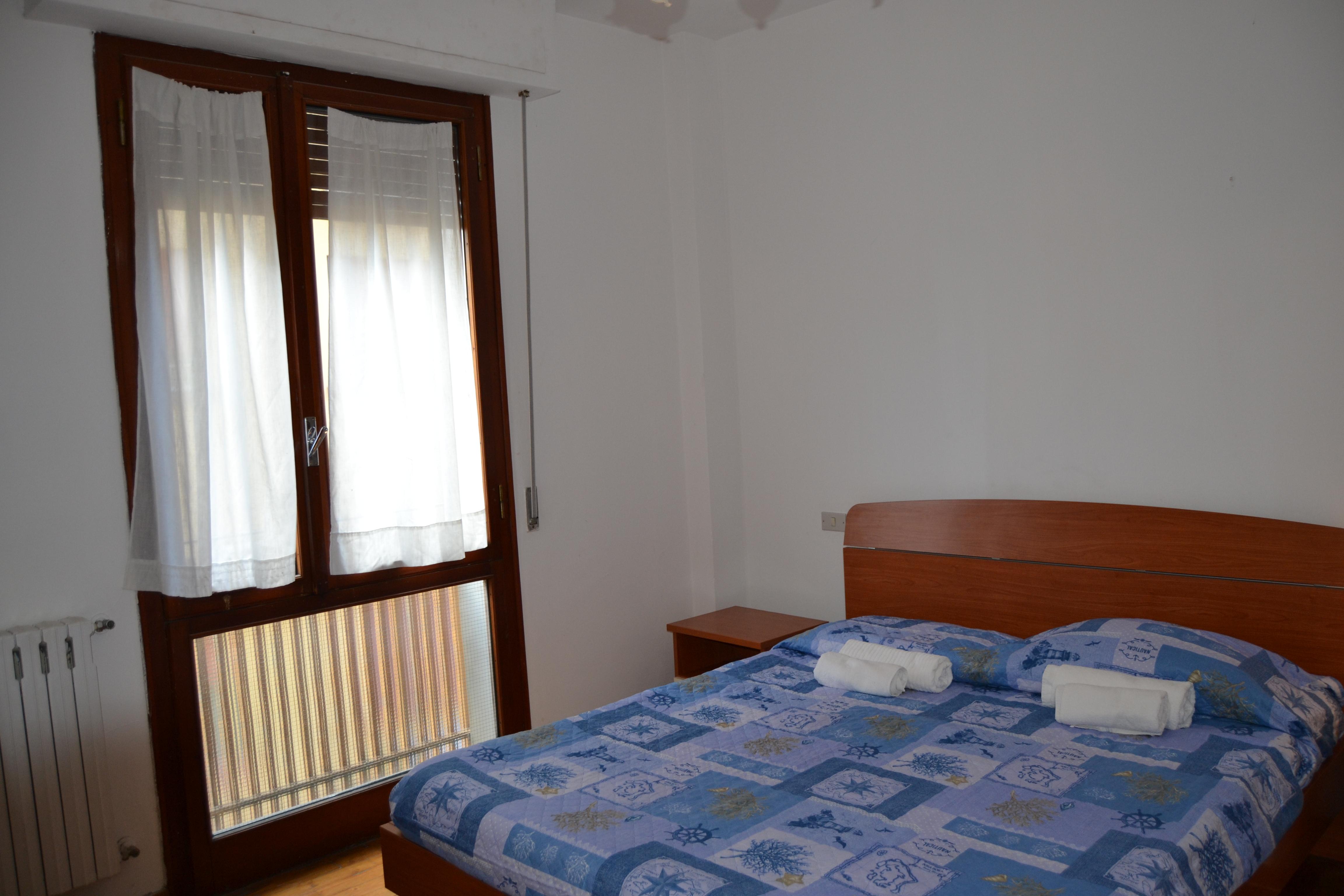 Appartamento Affitto Tirrenia. Fronte Mare Rif.A.29